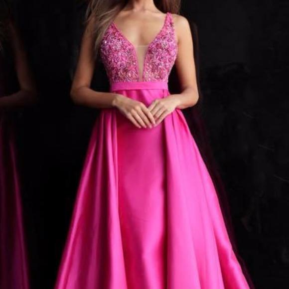 Jovani Dresses & Skirts - Brand New Jovani Gown